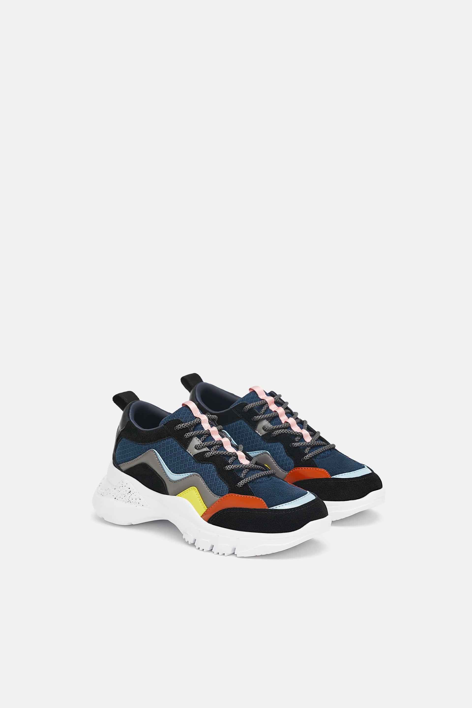 075735dec5 Contrasting sneakers in 2019 | Style | Sneakers, Zara shoes, Vans ...