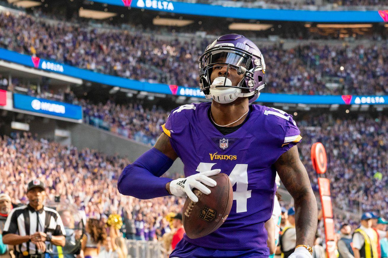 Vikings favorites on NFL odds in critical games vs. Bears