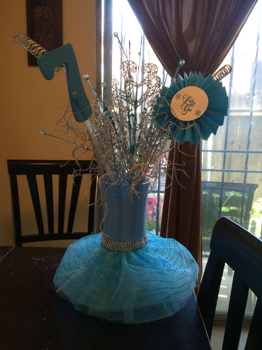 Frozen themed centerpiece | Table decorations ...