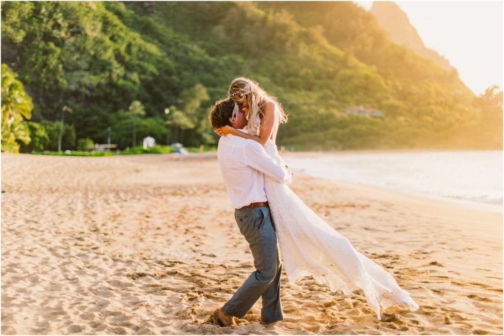 Tunnels And Ke E Beach Kauai Elopement Wedding At Sunset I