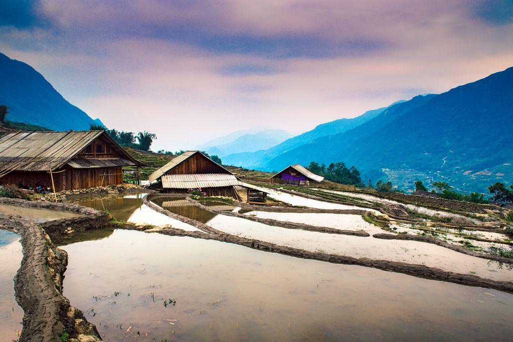 Les maisons à #Sapa. En savoir plus : http://www.amica-travel.com/vietnam-sites-a-decouvrir/nord-vietnam/sapa Crédit Photo : Eyebeam Photography