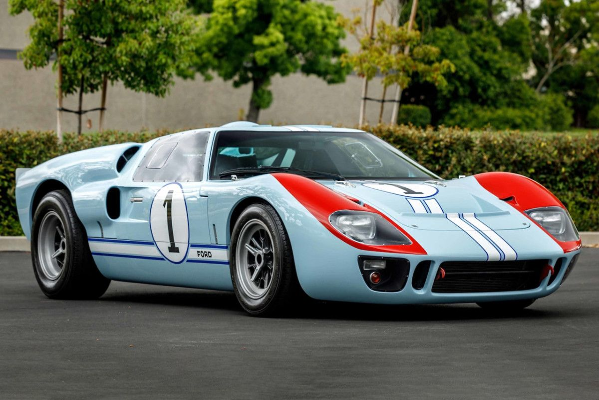 The Ford Gt40 Replica Driven By Christian Bale In Ford V Ferrari