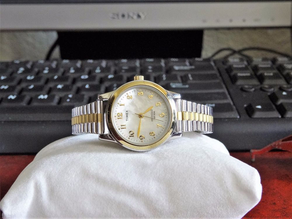 Timex Indiglo Mother Of Pearl Dial W R 30m Ladies Watch W 12mm St Steel Band Timex Indiglo Timex Timex Expedition