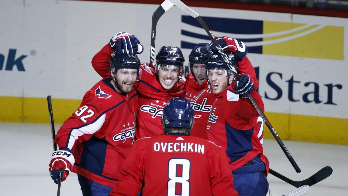 PHT's Three Stars Holtby, SmithPelly help Capitals force