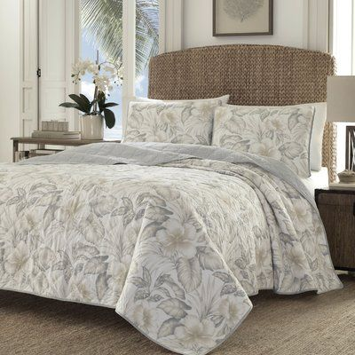 Tommy bahama bedding casablanca garden dune reversible quilt set tommy bahama bedding casablanca garden dune reversible quilt set size fullqueen gumiabroncs Image collections