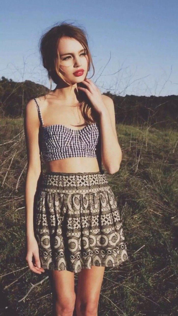 crop top + skirt. #summer outfits.
