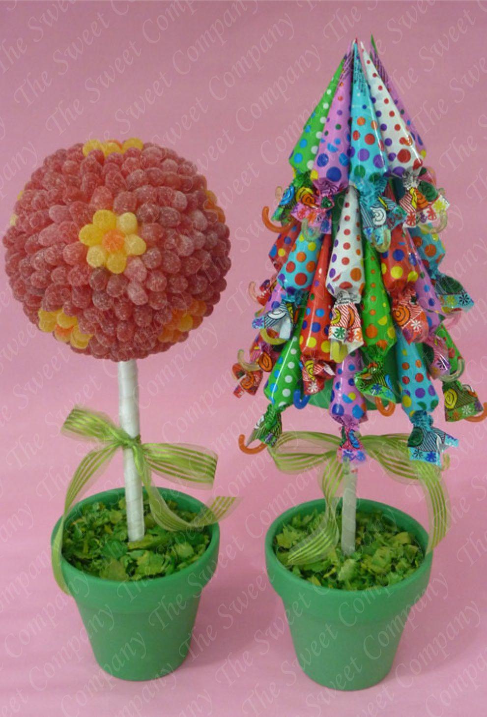 formas originales de presentar las chuches en una fiesta topiarios de golosinas de