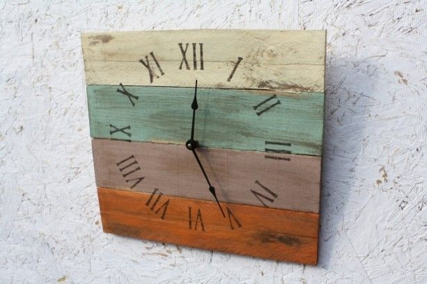 Beach House Clock. Pallet Wood.  Reclaimed Wood.  Custom Order.  Warm Colors. #madeinUSA