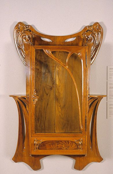 Cabinet Mural Realise Par Louis Majorelle Vers La Fin Du Xixeme Siecle Ameublement Art Nouveau Interior Art Nouveau Furniture Art Nouveau Cabinet