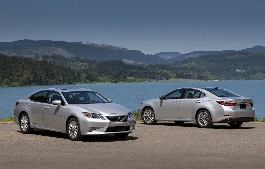Lexus ES Sedan Officially Launched in Indonesia, Starting