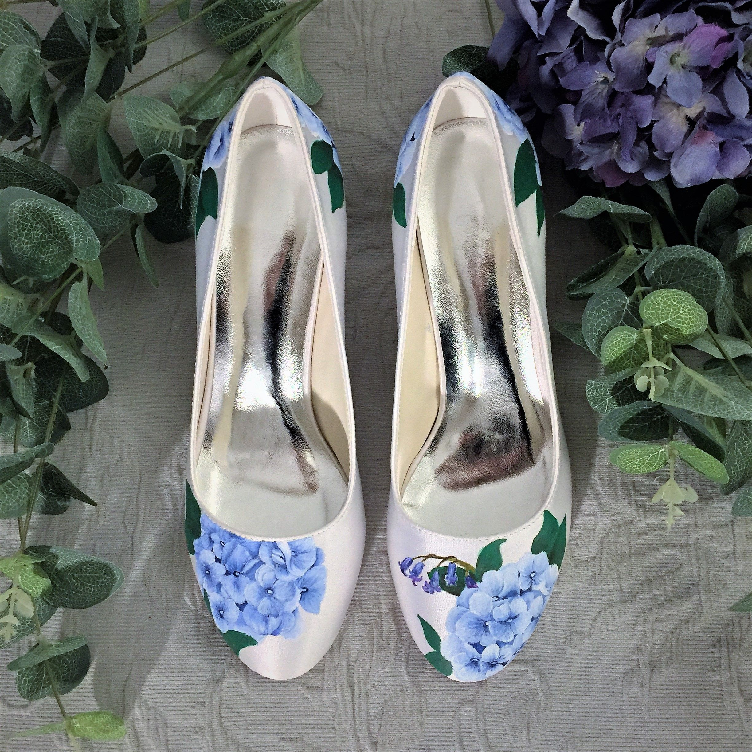 b93b44771aa330 Blue Hydrangea   bluebell hand-painted floral wedding shoes ...
