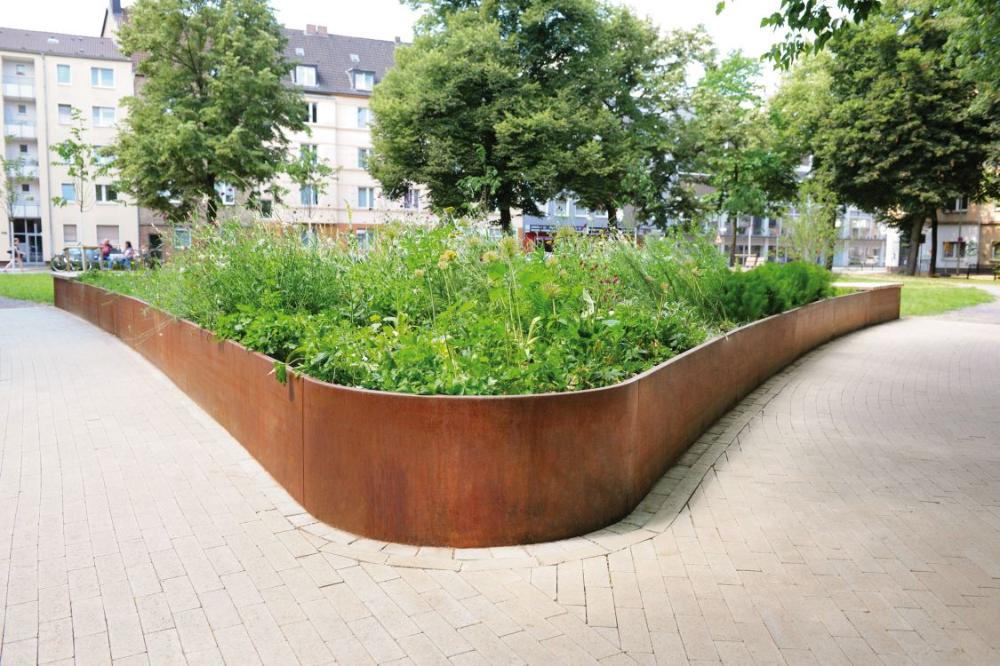 Grune Symbiose Im Stadtquartier Hochbeet Hochbeet Cortenstahl Garten Pflanzkasten