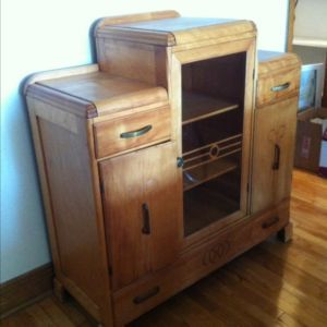 buffet armoire art deco grand montr al meubles vendre kijiji grand montr al for the home. Black Bedroom Furniture Sets. Home Design Ideas