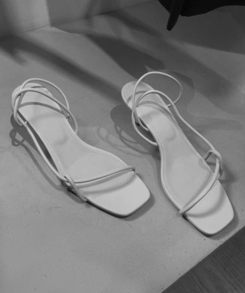 62a55315fea cosstores via laurencaruso  Unique Shoes