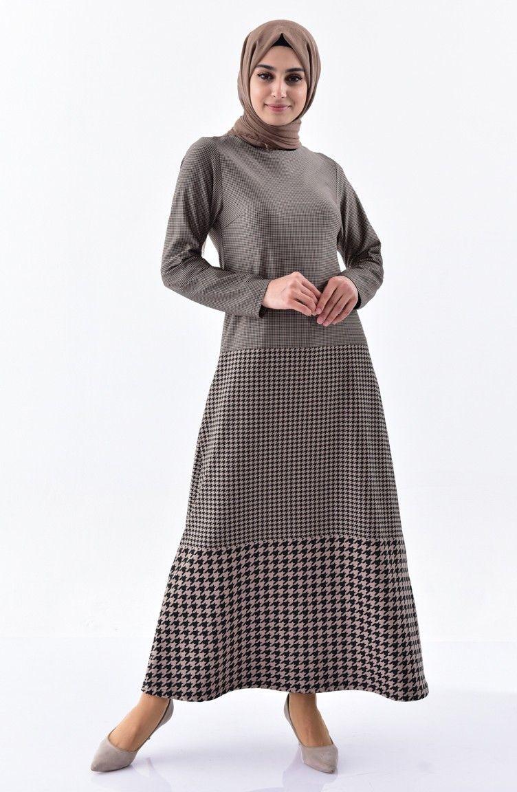 Sefamerve En Sik Tesettur Kazayagi Desenli Sik Elbise Modelleri Moda Tesettur Giyim Elbise Modelleri Elbise Moda Stilleri