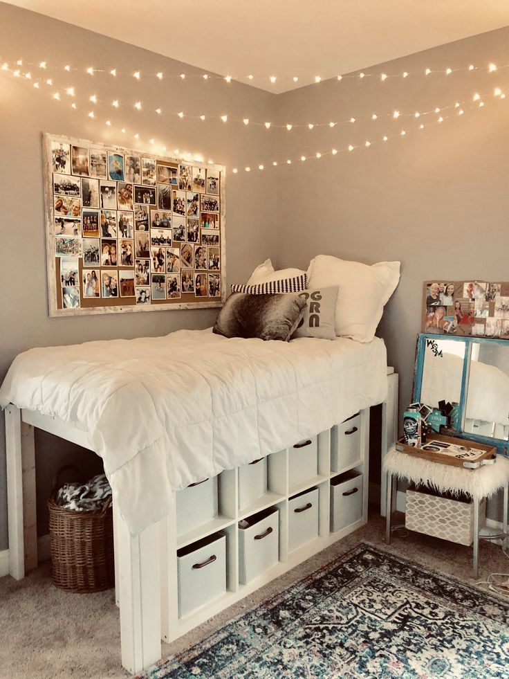 super 25 kleine Schlafzimmerideen, die stilvoll und platzsparend aussehen super 25 small bedroom ideas that look stylish and space-saving Cute Room Decor, Teen Room Decor, Dorm Room Ideas For Girls, Doorm Room Ideas, Cute Dorm Ideas, Small Bedroom Ideas On A Budget, Teen Girl Rooms, Cute Teen Bedrooms, Cheap Bedroom Ideas