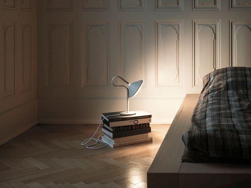 bao-Nghi droste émet de la lumière à partir de l'épicentre de ronde Lampe de table - designboom   Architecture et design le magazine