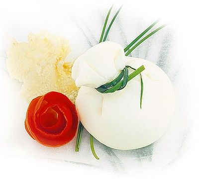 The Burrata is a preparation of cheese-shaped pouch of soft fresh spun paste that contains within it a creamy filling of frayed mozzarella and cream.