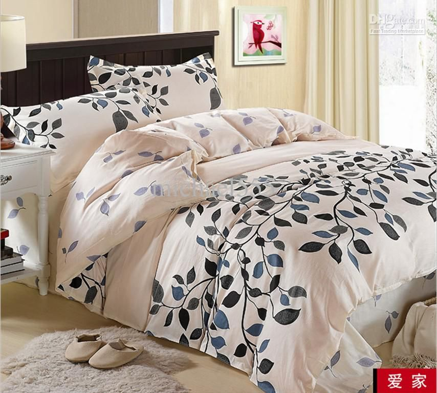Cream Blue Gray Black Leaf Flower, Black And Cream Toile Queen Bedding
