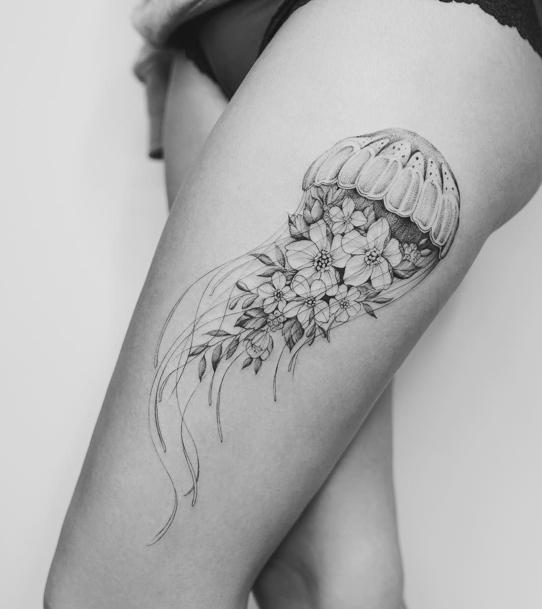 floral jellyfish hip tattoo design by @tritoan__seventhday