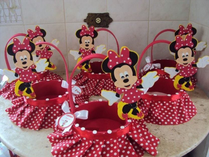 Ideas de decoracion para fiestas infantiles de minnie for Decoracion de mesas infantiles
