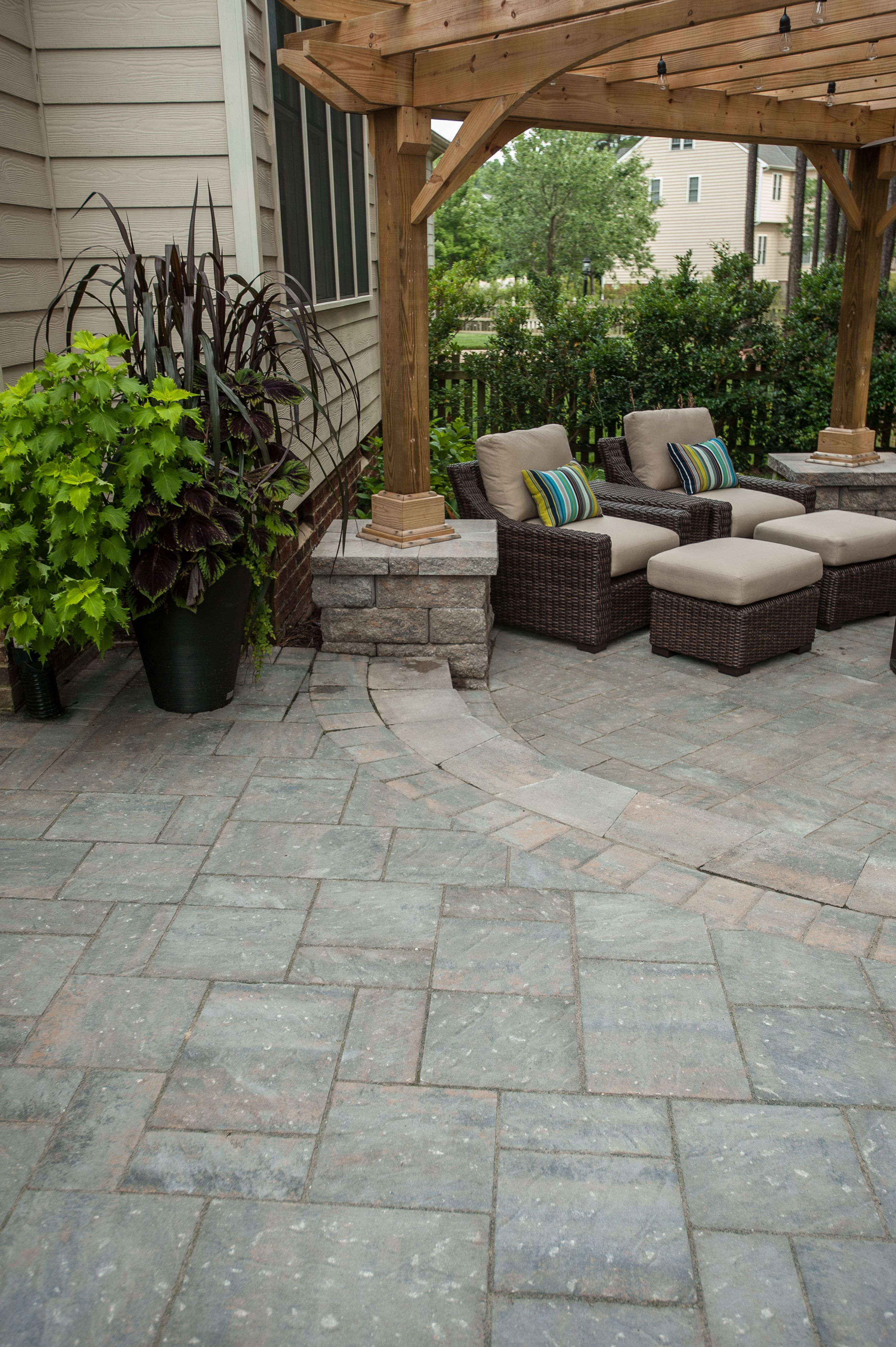 Chatham Xl Pavers Have A Natural Stone Texture And Make For An Elegant Patio Design Porch Design Outdoor Living Space Design Patio
