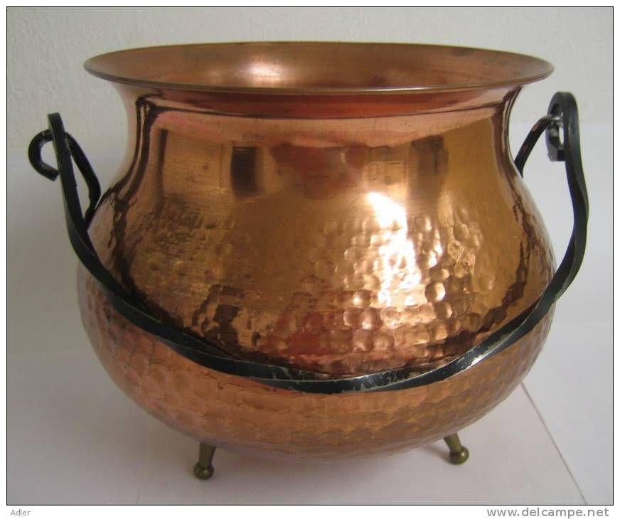 chaudron en cuivre antiquit s brocante et objets divers pinterest chaudron cuivre et. Black Bedroom Furniture Sets. Home Design Ideas