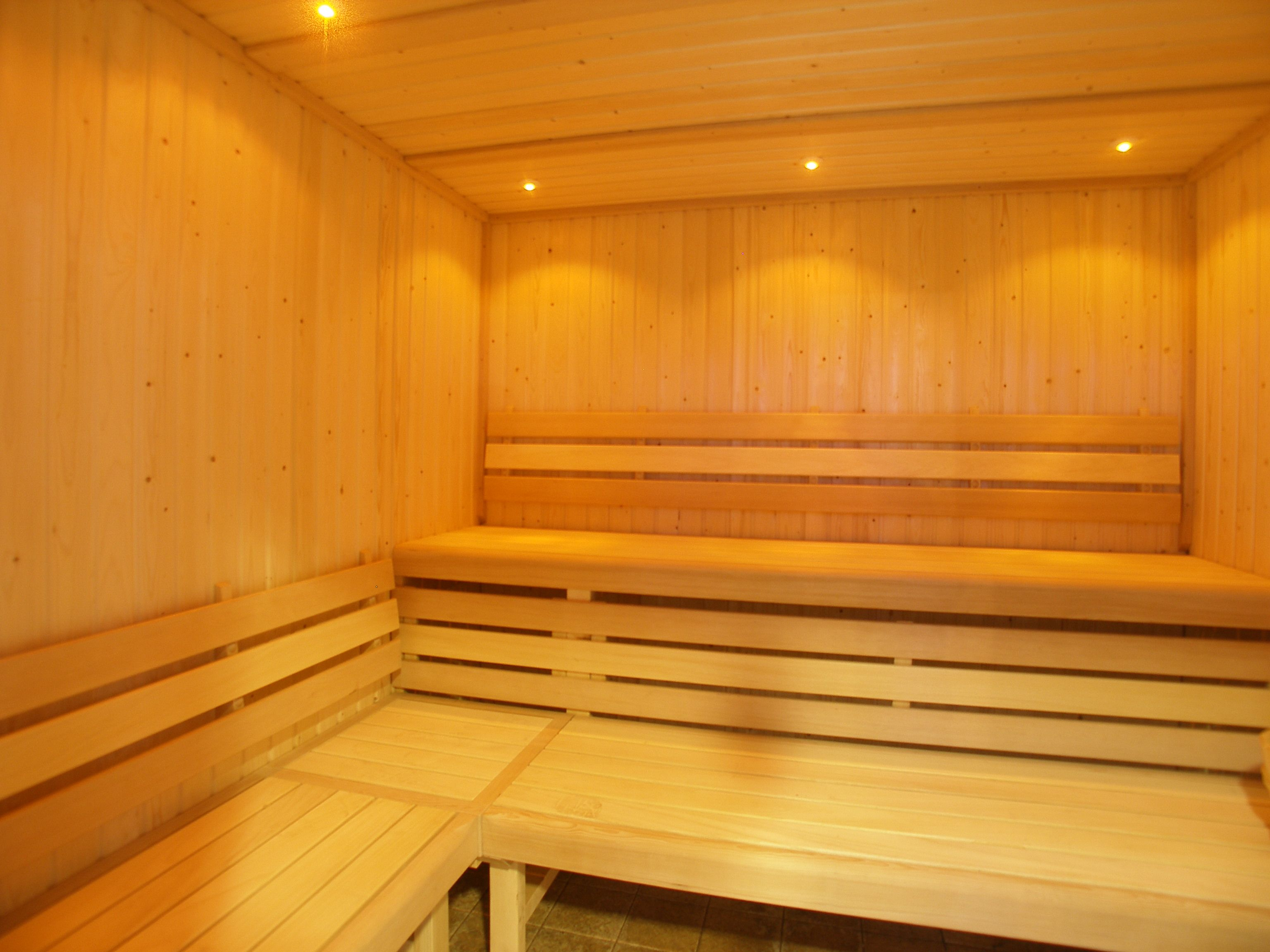 David Lloyd Sauna And Steam Rooms Fit With Ip Rated Led Step Lights Light Steamroom Simple Elegant Calm