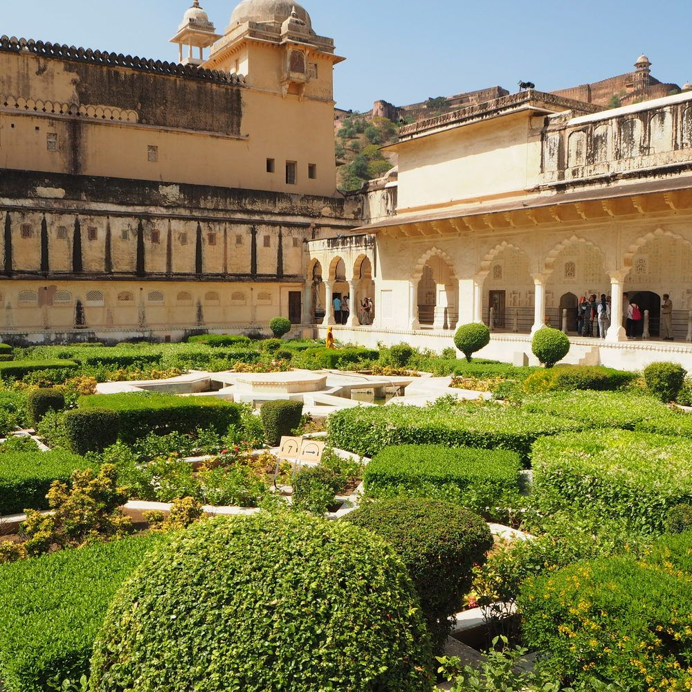 Beautiful Lush Green Gardens Jaipur India House Styles