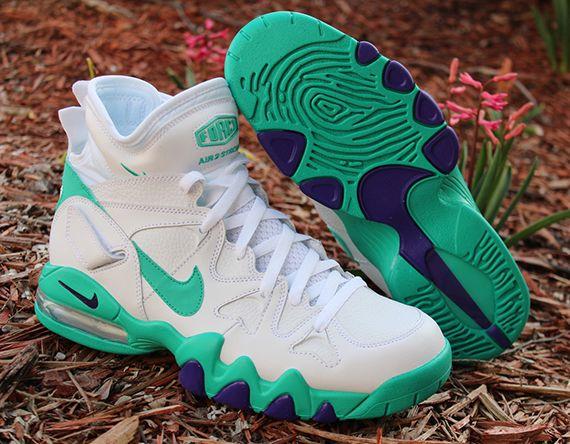 finest selection af8da 61d47 Nike Air Max 2 Strong White Atomic Teal Violet Force