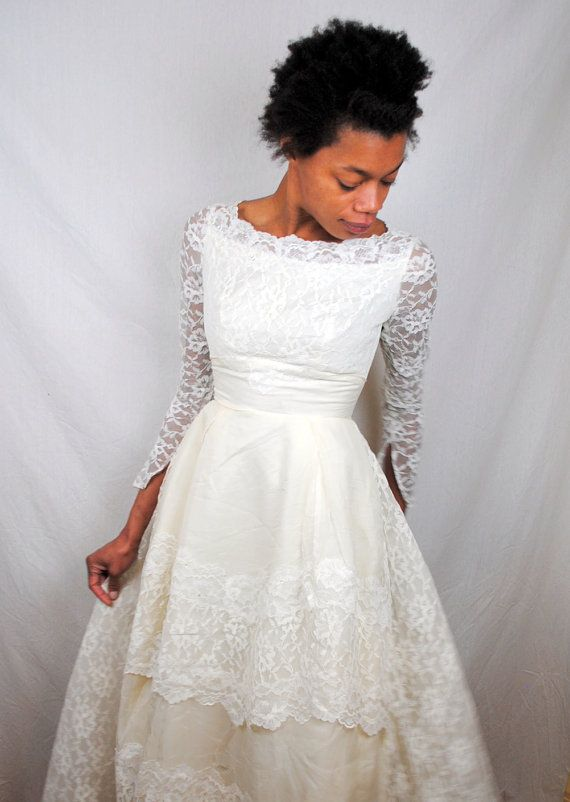 Vintage 50s Princess Lace 1950s Tulle White Wedding Dress Gown
