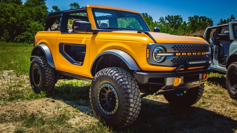 2021 Ford Bronco Hard and SoftTop Details and