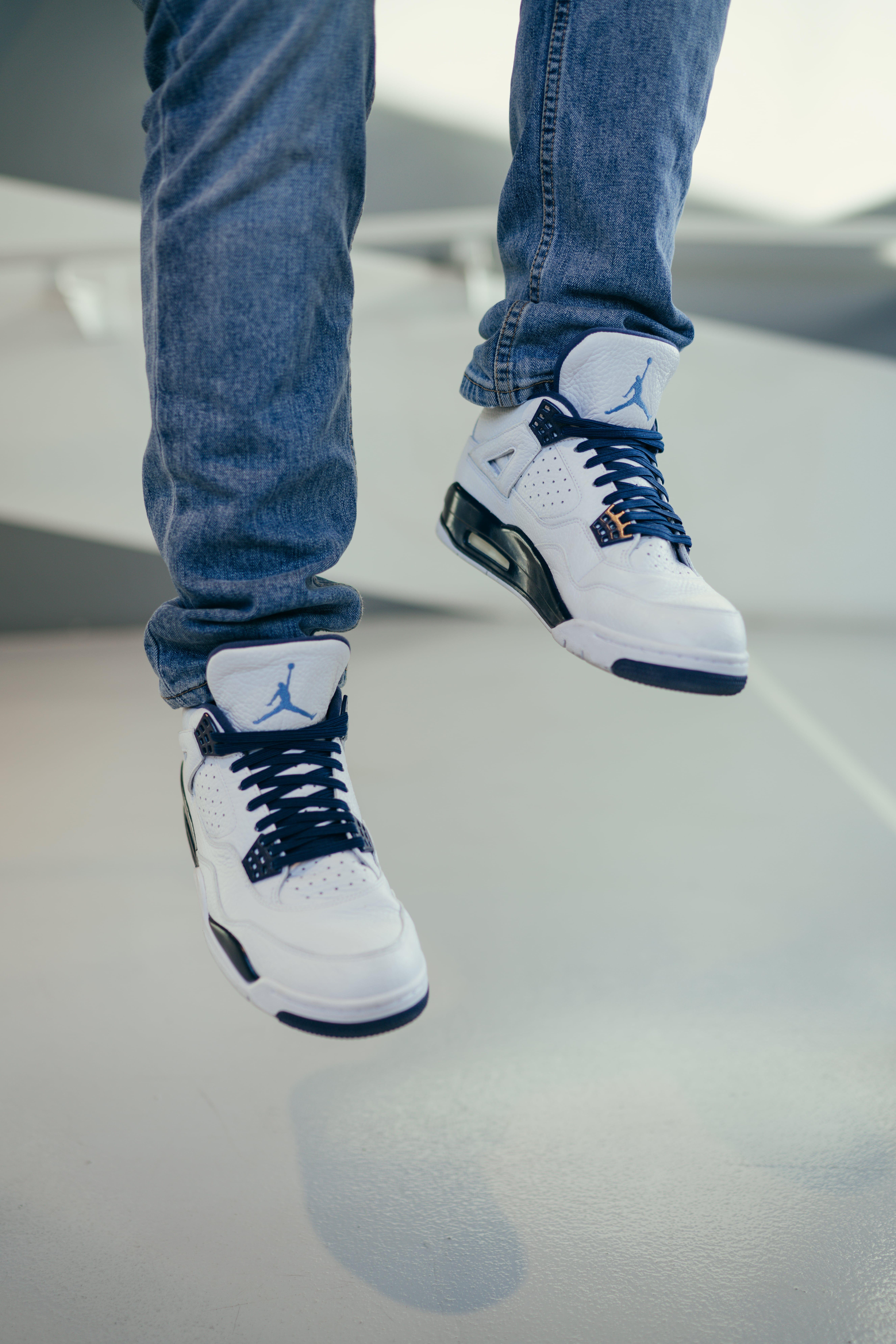 Elastic shoe laces, Blue shoelaces