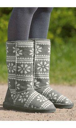 gray snowflake boots <3