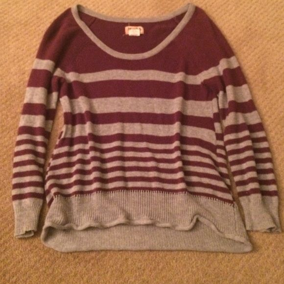 Mudd XS burgundy and grey sweater Mudd XS sweater. Worn quite a bit, not in great condition, but still good besides a small hole on the lower back area. Boat neck cut, very comfy and very cute. Mudd Sweaters Crew & Scoop Necks