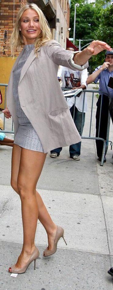 Short Skirt Sexy Legs