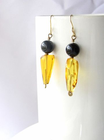 Black and Gold Mexican amber earrings from Chiapas Mexico