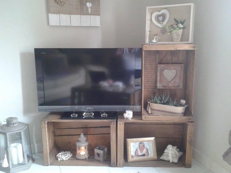 deco caisse en bois elegant meuble avec caisse en bois caisse pomme deco diy fabriquer des. Black Bedroom Furniture Sets. Home Design Ideas