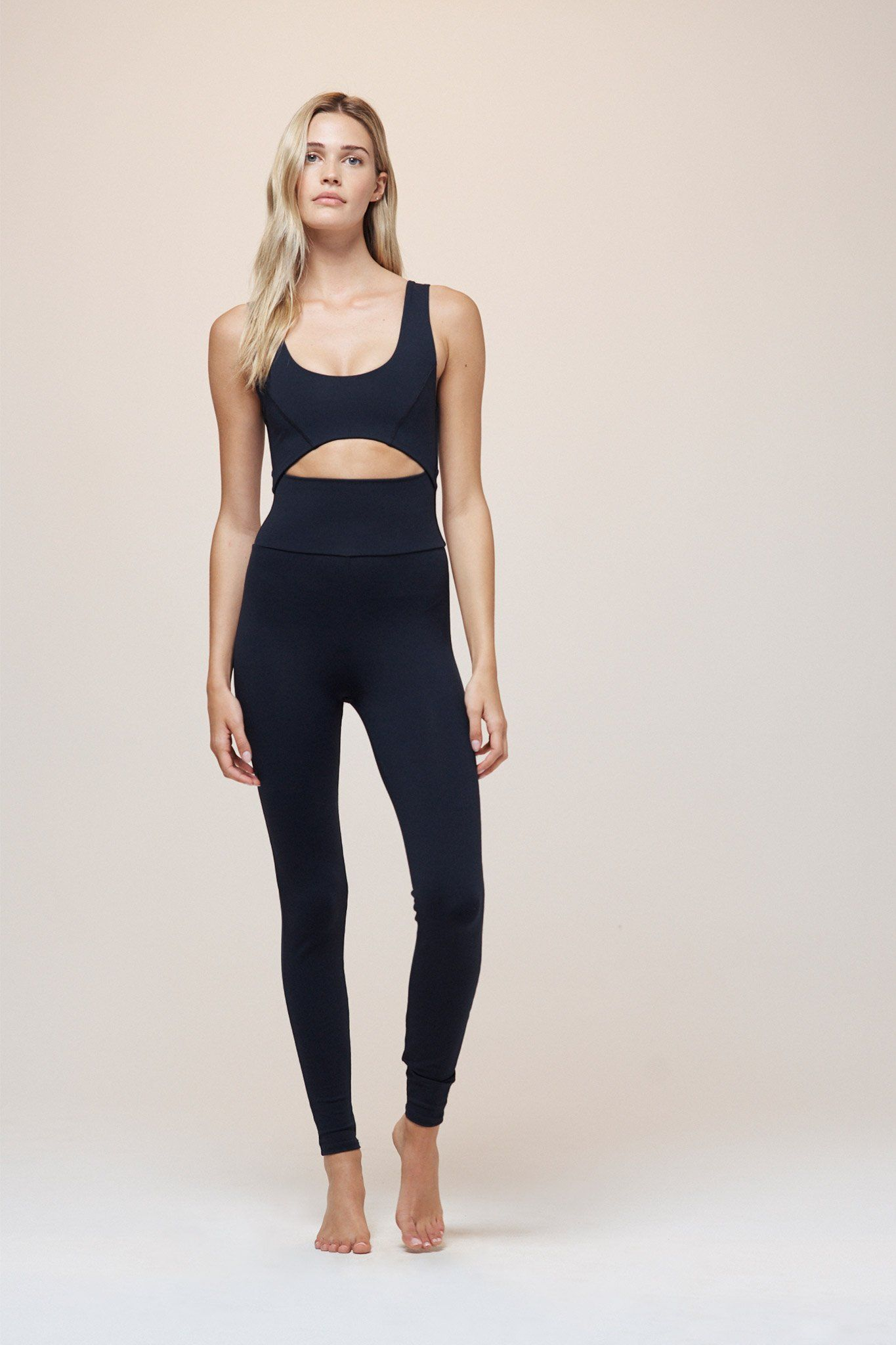 4a5e96b8f25b19 Cutout Bodysuit Workout Aesthetic, Gym Leggings, Workout Leggings, Workout  Bodysuit, Dance Outfits