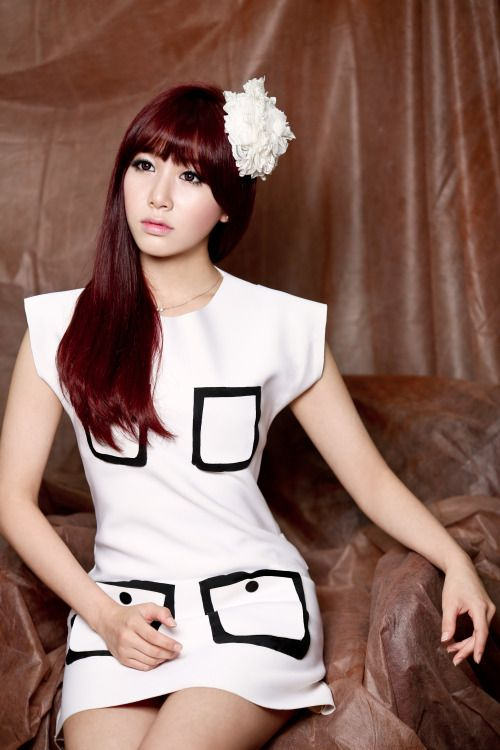 LABOUM - Jung So Yeon May 4, 1994 Height: 161cm Weight: 44kg Blood