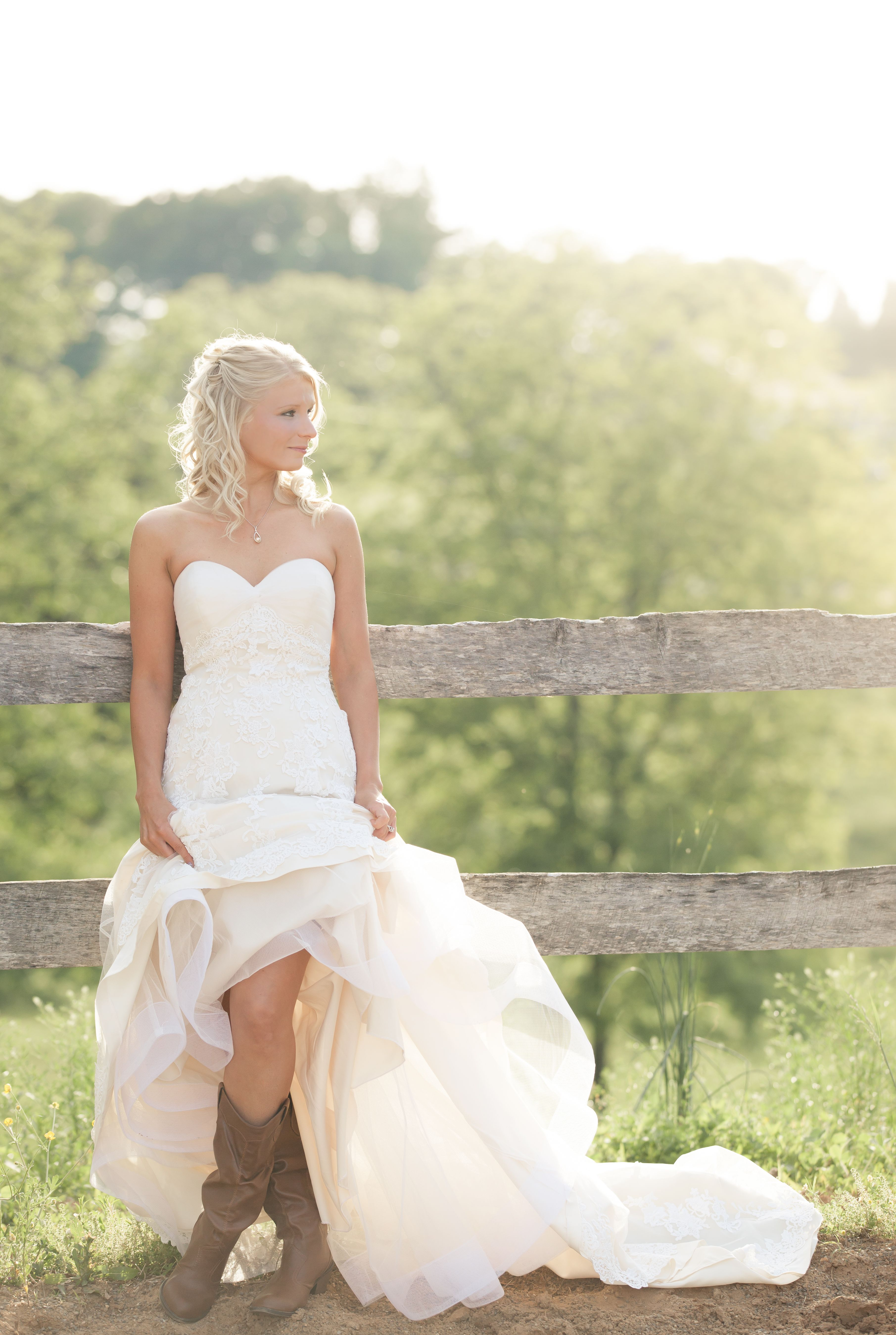 Rustic Style Wedding Dresses 26 With
