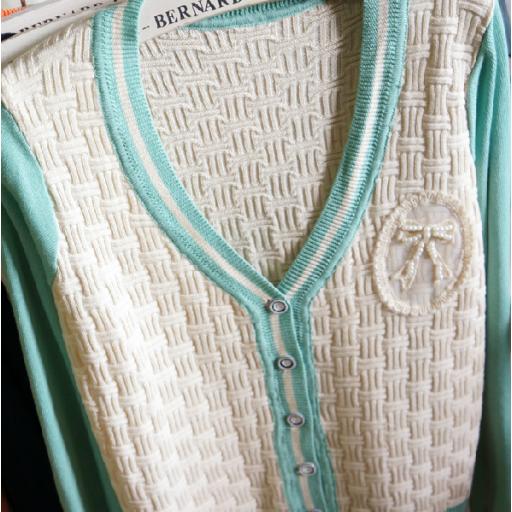 بلوزات الصوف الناعم احمر سكري Wool Long Sleeve Blouse