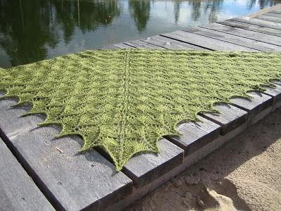 Lovely lovely knitten scarf! Sisäinen villapaita: Metsänhaltijan syysvarusteet