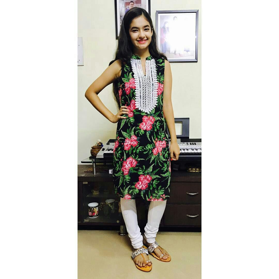 My Future Wife Anushka Sen Anurag Girl Photography Poses Fashion Outfits Photoshoot Poses In a world of social media but social distancing, everyone seems to be craving personal time more than ever. my future wife anushka sen anurag
