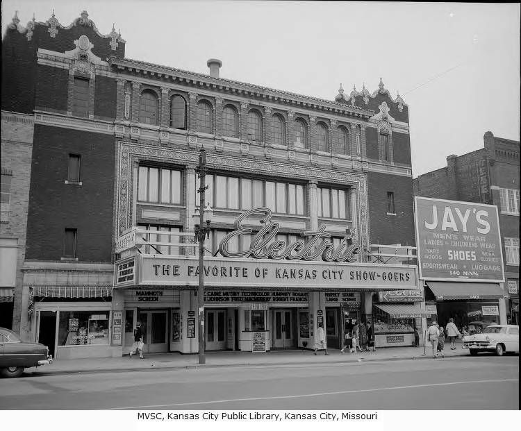 Exterior view of the electric theater at 536 minnesota in