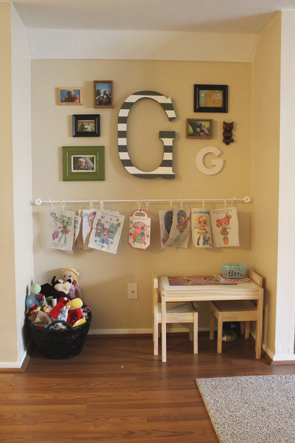 Hang Kids Art So That It Is Easily Changed Ikea Curtain Rod Curtain Hooks Cute For Wall In Playroom Ikea