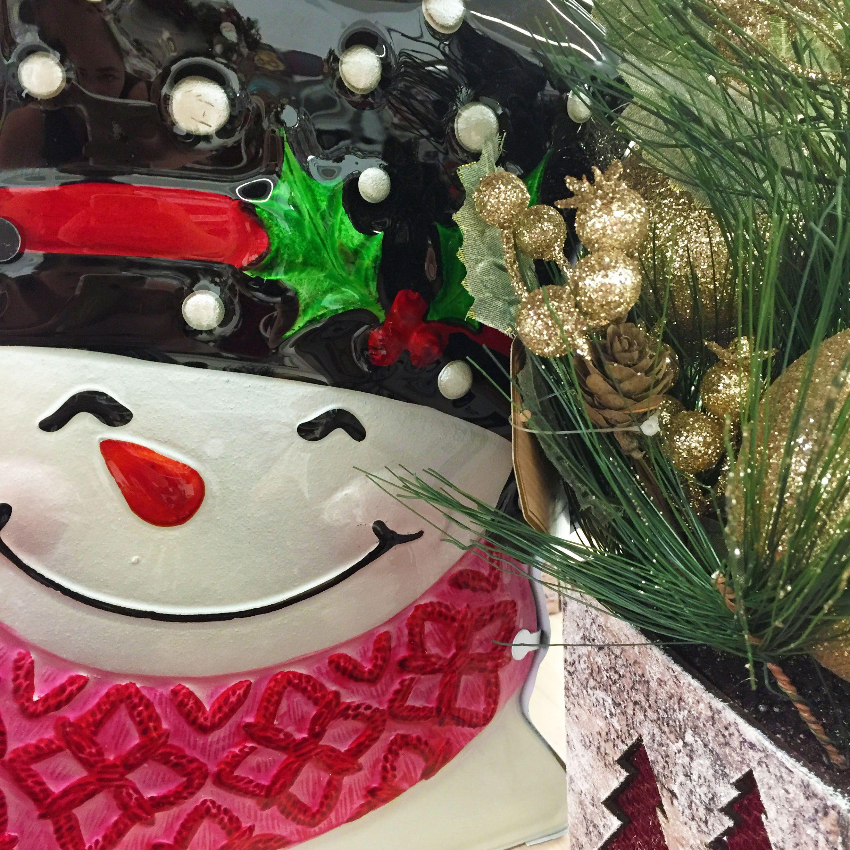 Gotta love festive snowmen!