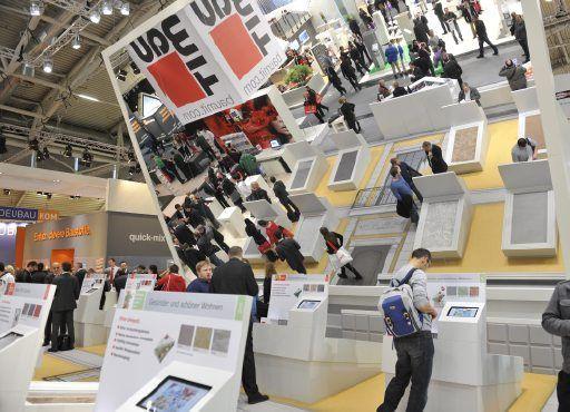 Bau Messe Munchen International Mirror Trade Show Trade Show