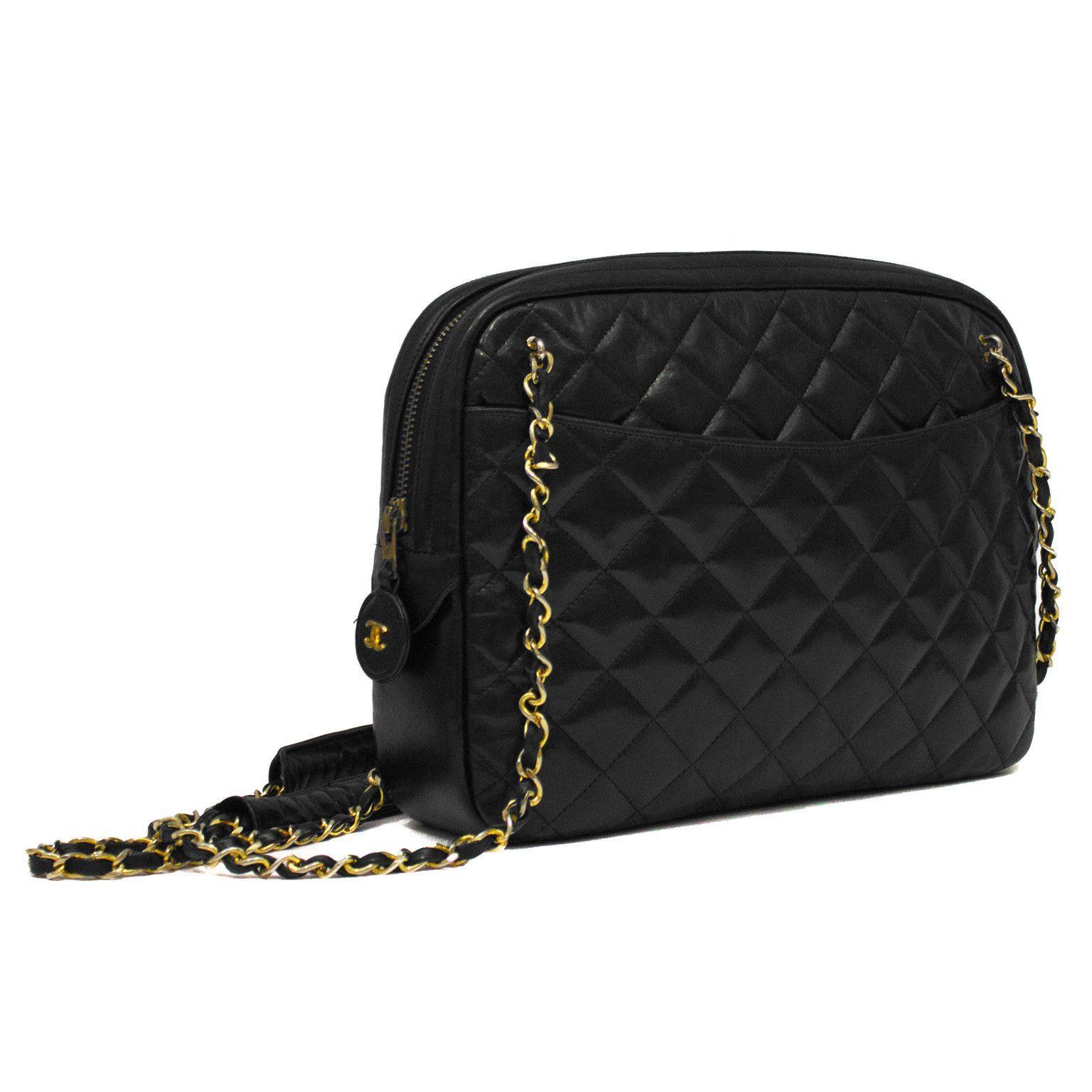 chanel vintage bag. black camera bag. chanel blackvintage vintage bag