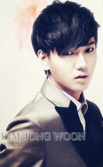 Super Junior - YESUNG   Kim Jong Woon , you make me swoon !!!  :)